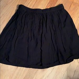 Old navy mini skirt s small black gathered lined